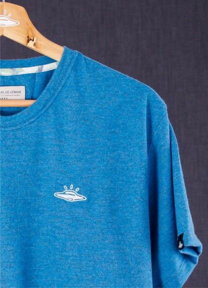 Camiseta básica de hombre Ovni Azul Hasped.