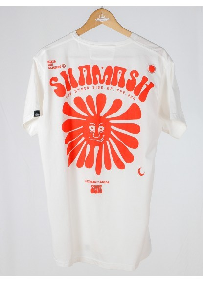 Camiseta Shamash. Prenda hecha a mano en Medellín, Colombia.
