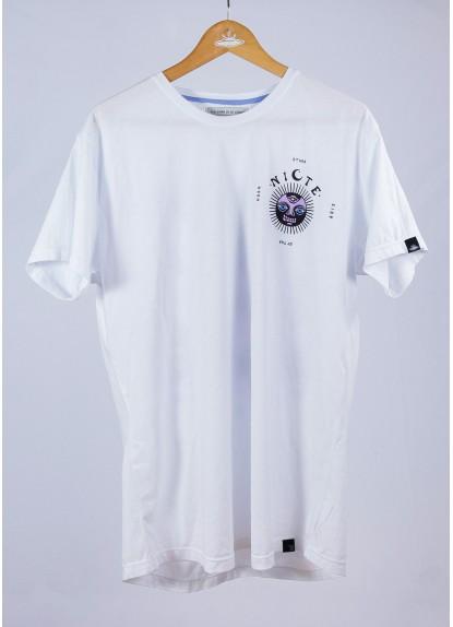 Camiseta Nicte. Prenda hecha a mano en Medellín, Colombia.